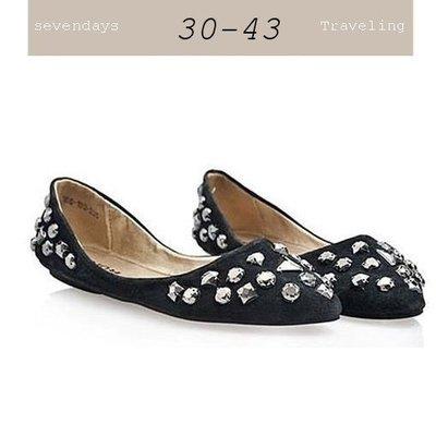 大尺碼女鞋小尺碼女鞋歐美真皮閃亮水鑽尖頭娃娃鞋平底鞋包鞋黑色(31小尺碼-43大尺碼)現貨#七日旅行