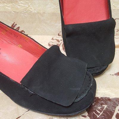 全新麥坎納Macanna黑色威尼斯百搭款中跟鞋
