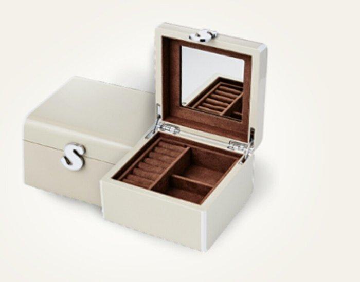 天使熊雜貨小舖~蘇菲亞鋼琴烤漆珠寶盒 收納盒可放戒指 耳環項鍊小物 全新現貨