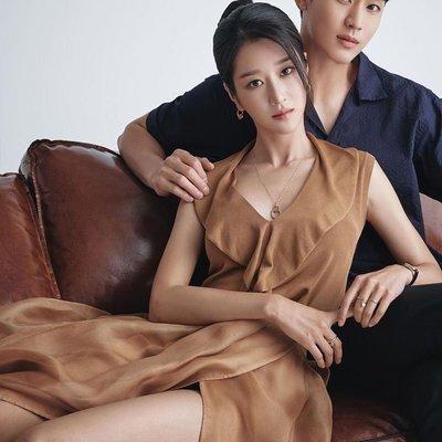 預購-韓劇同款雖然是精神病但沒關係徐睿知同款V領荷葉邊連身裙