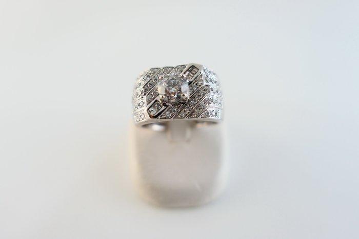 [吉宏精品交流中心]1.01克拉 南非天然鑽石 八心八箭 白K金 造型 戒指 男戒