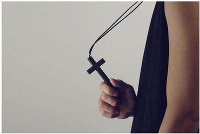 Myplace.com 個性 / 木頭【木製十字架 項鍊】