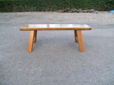 D020 {崙頂傳統原木家具行}~杉木傳統小板凳