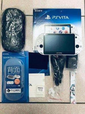 超漂亮絕版PSV 2007主機盒裝+硬殼+香菇頭+新螢幕玻璃貼+初音掛繩+可改機版本9成新 一年保修如照片所有的都附