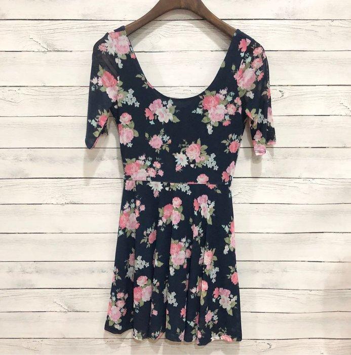 Maple麋鹿小舖 abercrombie&fitch * a&f 女童款短袖花朵洋裝 * ( 現貨L/XL號 )