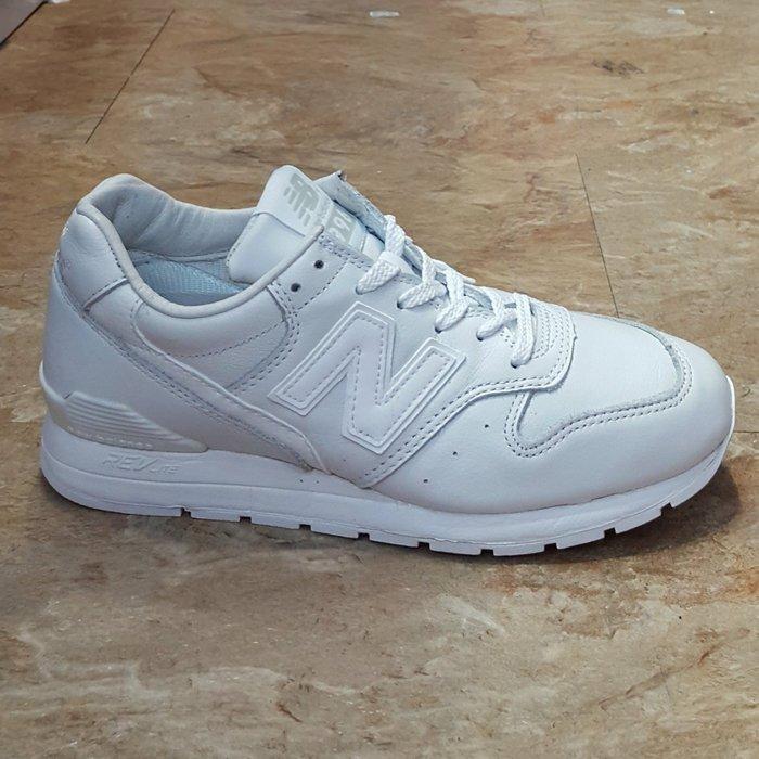 brand new 7a122 ca06b new balance 996 MRL996EW 全白 白色 皮革 復古 反光 慢跑鞋-Yahoo奇摩拍賣