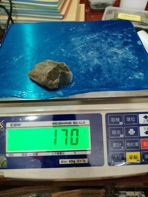 緬甸玉後江原石賭石,翡翠170g
