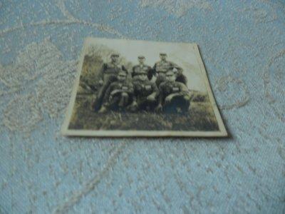 藍色小館10-8--------約40-50年代.軍旅照{1張}