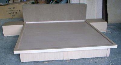 家具訂做      白橡木6呎掀床含2個床頭櫃     20000元台中市免運費