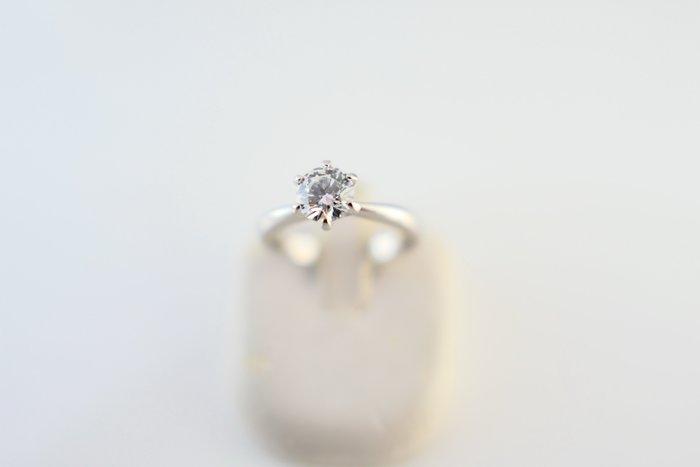 [吉宏精品交流中心]50分 天然鑽石 GIA E/VS1 3EX 八心八箭 PT950白金台 六爪 戒指