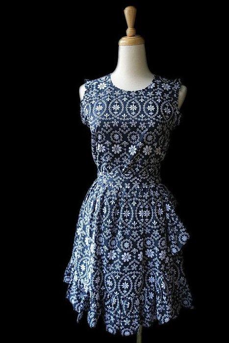 *Beauty*Juicy couture藍色繡花背心洋裝 XS  號   9000  元WE18