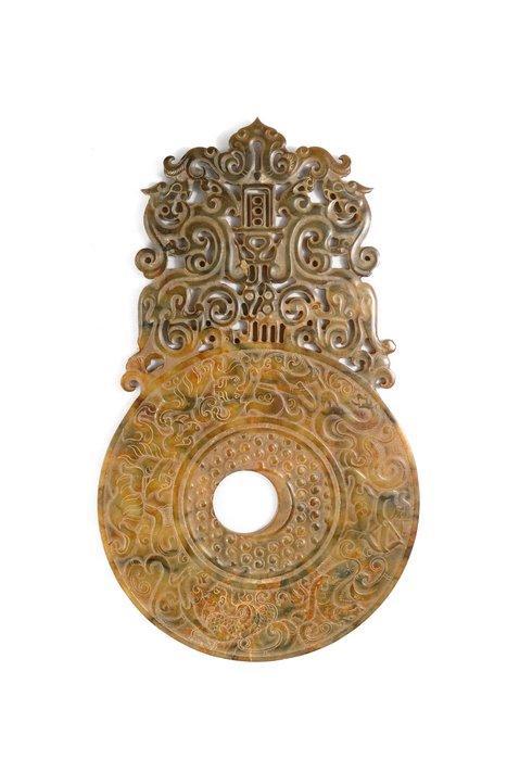 《博古珍藏》天然和闐玉.宜子孫出廓玉璧.498公克.早期收藏.老件.國際拍賣級.底價回饋