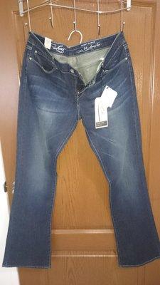 Levi's 牛仔褲