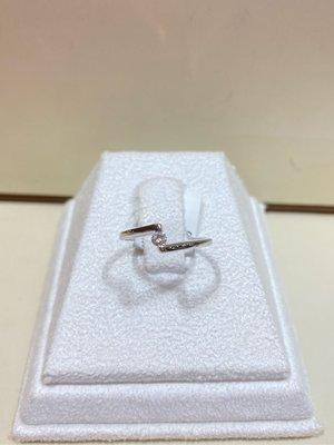 10分天然鑽石戒指,基本簡單款式,適合平時配戴,超值優惠價4980元,鑽石很白火光很閃!現貨商品只有一個