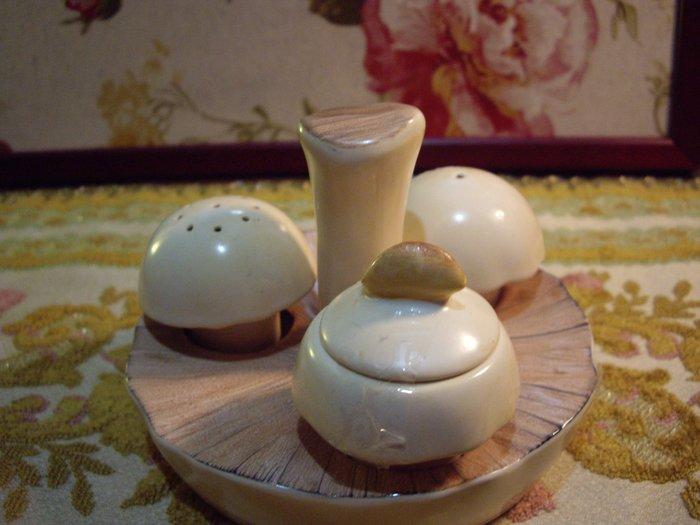 歐洲古物時尚雜貨 英國 香菇公仔造型 調味罐 擺飾品 古董收藏 一組4件