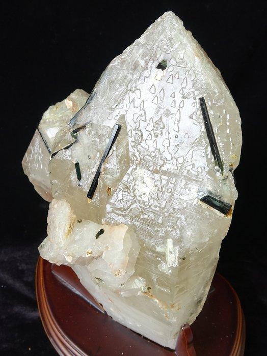 ~shalin-crystal~~巴西綠碧璽水晶骨幹~3.54公斤~完整原礦~值得收藏!