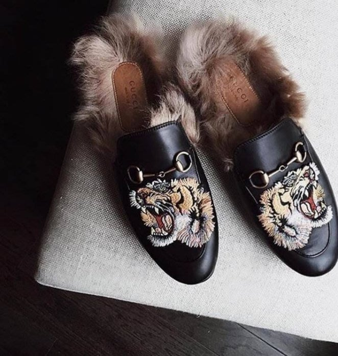 Gucci 451209 Princetown shearling-lined loafers 繡虎頭羊毛 男拖鞋