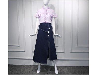 安潔菈~甜美設計款棉質小荷葉短袖衫搭配長款斜角開叉顯瘦牛仔裙