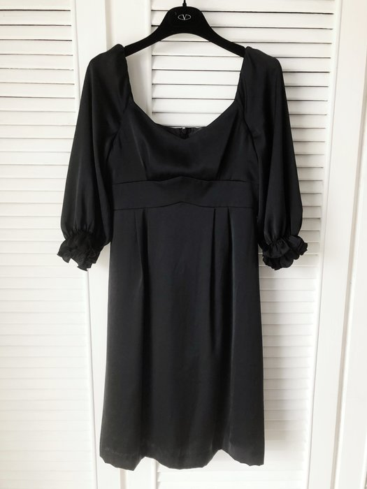 全新吊牌日本香奈兒黑色純絲洋裝