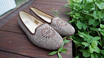 澳洲 UGG 平底樂福休閒鞋 羊皮 優雅毛呢 羊毛內裡 casuals 時尚又禦寒