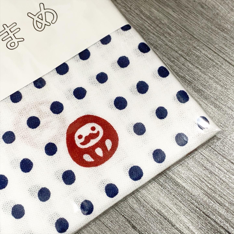 萬萬選物。日本亂亂買。預購區。日本製。達摩。豆豆圖案。棉製。長毛巾。包裝巾。裝飾巾