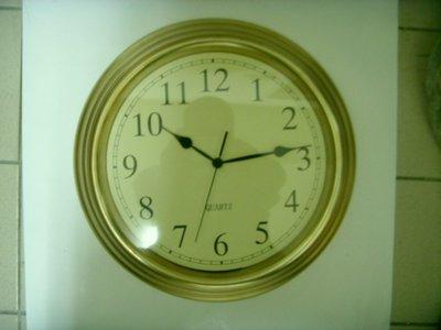 14吋 香檳金塑膠框 辦公時鐘/掛鐘/時鐘