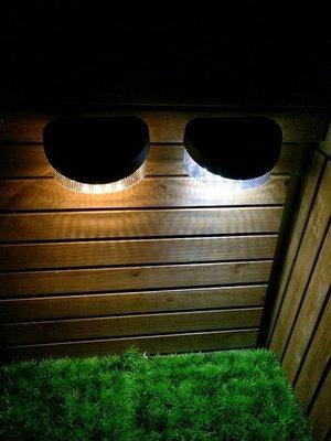 ☀️傑能科技☀️保固 8LED 太陽能 籬笆燈 圍欄片 柵欄燈 小壁燈 花園燈 裝飾燈 造景燈 L-08面向陽光 高雄市