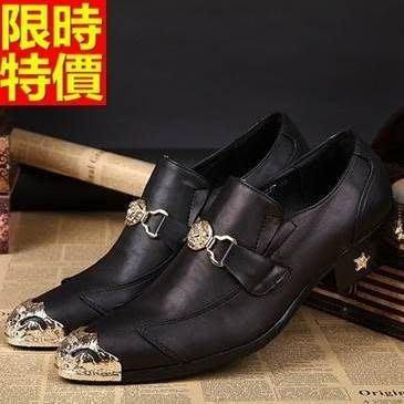 尖頭鞋 真皮皮鞋-金屬鉚釘點綴時尚英倫低跟男鞋子65ai34[獨家進口][米蘭精品]
