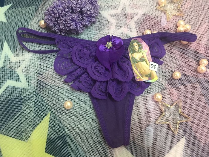 ⭐️謎音的尋寶樂園⭐️夢幻蕾絲水鑽丁字褲♥️(丁紫F)♥️