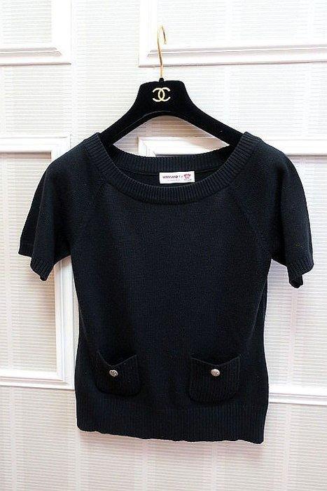*Beauty*WHY &1/2女童黑色圓領針織衫  13  號  400 元GR