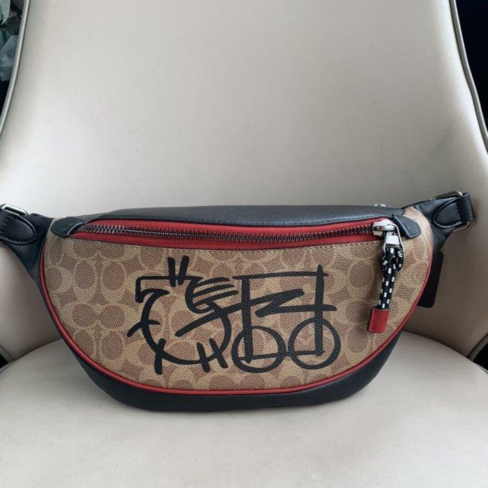 美國名品折扣店~ 特賣 COACH 4590 RIVINGTON腰包 男士胸包 前後斜背包 男包