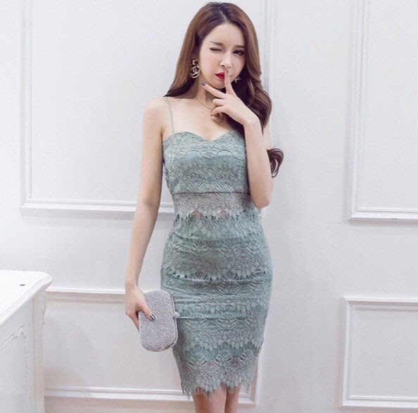 韓國東大門 蕾絲美到爆的一款淺綠色洋裝 婚禮洋裝 氣質洋裝 夜店戰服 辣妹洋裝 歐美洋裝