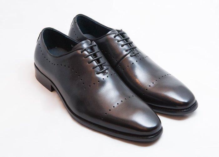 雕花牛津鞋:手工上色小牛皮真皮木跟皮鞋男鞋-黑色-免運費-[LMdH直營線上商店]E1A24-99