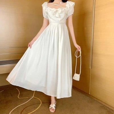 仙女裙 很仙的法國復古設計感連身裙新款氣質方領系帶收腰顯瘦仙女裙 [免運✿貝貝海灘]
