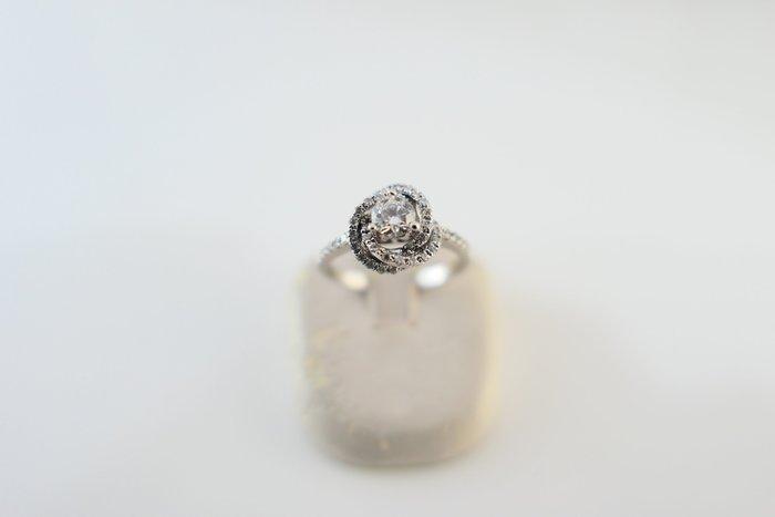 [吉宏精品交流中心]33分 天然鑽石 八心八箭 白K金 造型 戒指 鑽戒(公關送禮)