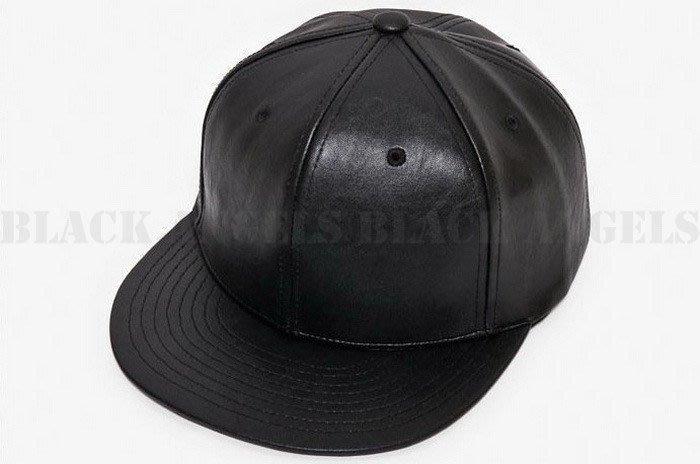 「預購」 純色素面 黑色 皮革款 平沿帽 Snapback Cap 可調節 球帽 韓版 高質感 G-Dragon 權志龍