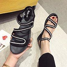 Ekool正韓鞋包~ 時尚水鉆蛇形鞋面露趾女涼鞋坡跟女鞋套腳顯瘦顯高涼鞋18夏季新款
