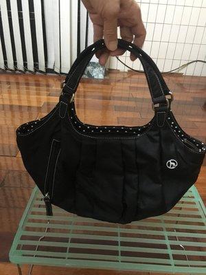 黑色女用輕巧方便手提包