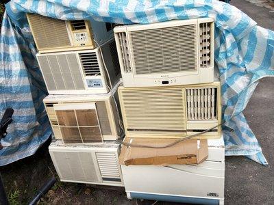 二手窗型冷氣數台2500-5000