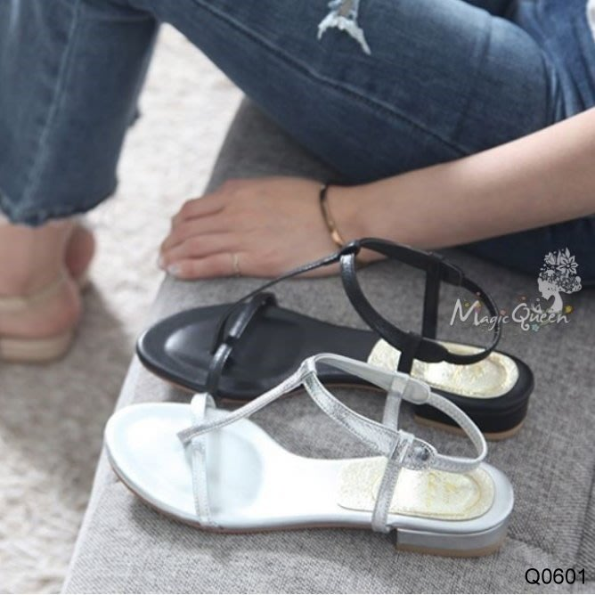 MagicQueen㊣韓國精品服飾.簡約T字造型牛皮後勾涼鞋