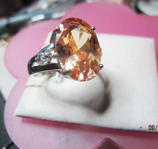[零碼促銷品]大顆天然A貨粉水晶鑽石切面純銀豪華造型戒指[中.姆指]專帶