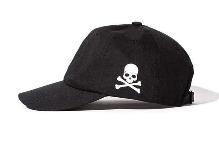 FIND 韓國品牌棒球帽 男女情侶 時尚街頭潮流 側邊骷髏頭刺繡 帽子 太陽帽 鴨舌帽 棒球帽