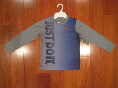 Nike 男童長袖T DRI-FIT 尺寸 4歲