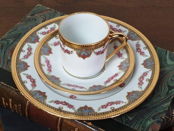 【卡卡頌 歐洲古董】🌹法國 LIMOGES 24K金 玫瑰 古典花卉 三件 咖啡杯碟組  (老件未用) p1803 ✬