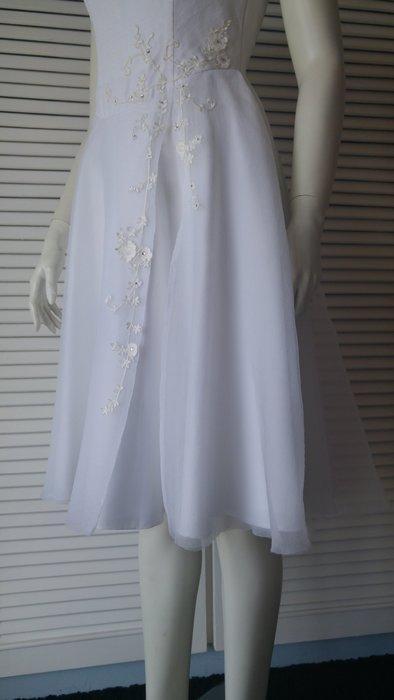 【 】點點水鑽白紗小禮服