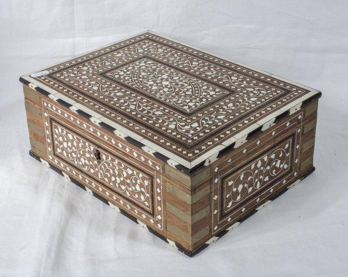【家與收藏】特價頂極珍藏歐洲百年古董博物館級18世紀貴族手工Inlay檀木鑲嵌精緻微雕寶盒