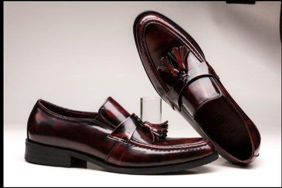 新款男士正裝商務皮鞋 尖頭套腳真皮皮鞋 英倫男鞋車縫線 吊墜