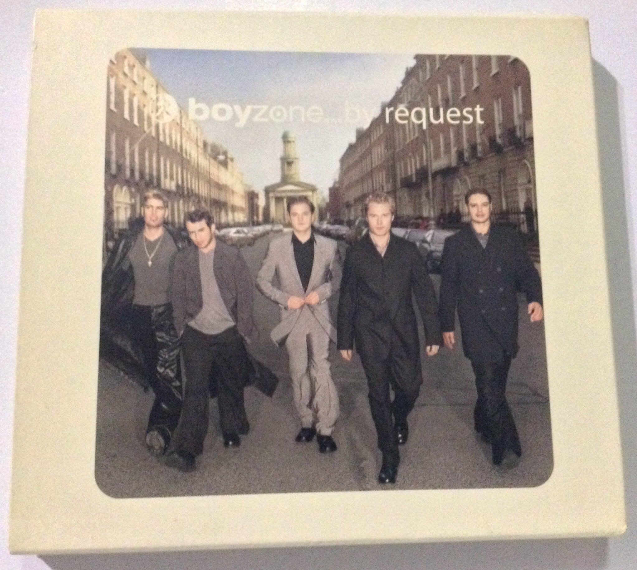 ~拉奇音樂~  boy zone  .......by  request  紙盒版  二手保存良好