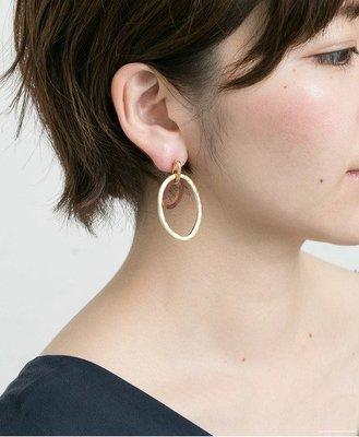 日本 小眾熱門品牌 SMELLY 少量春夏發表 古作感輕質銀錫 氣質雙圈圈 常搭實用款 耳針式
