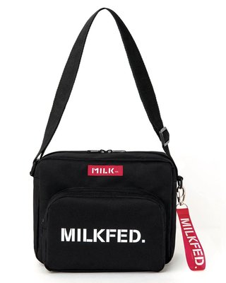 ☆Juicy☆日本雜誌附贈附錄 MILKFED 潮牌 斜揹包 肩背包 單肩包 小物包 側背包 小方包 + 掛件 7103